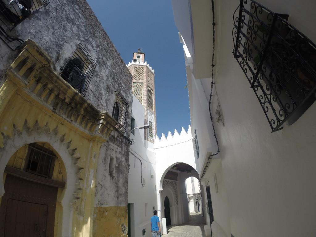 Mezquita. Tánger, Marruecos.